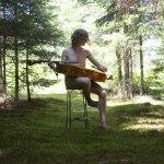 Série LES BEAUX GARÇONS D'AUCKLAND : Musique de chambre verte - L'installation / Luc Pallegoix, 2016. Encre pigmentaire sur papier Moab blanc 300 gr. Disponible en grand format |50 x 50 cm 15 ex.| ou moyen format |50 x 50 cm 30 ex.|