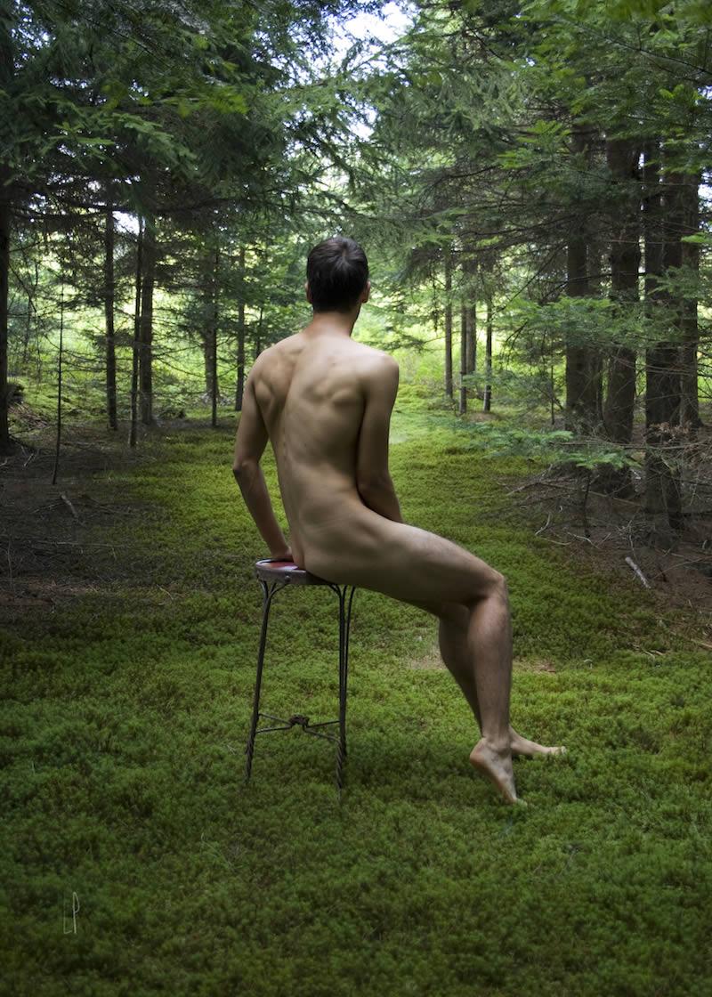 Série LES BEAUX GARÇONS D'AUCKLAND : Thomas's back / Luc Pallegoix, 2016. Encre pigmentaire sur papier Moab blanc 300 gr. Disponible en grand format |50 x 70 cm 15 ex.| ou moyen format |A4 ou Lettre 30 ex.|